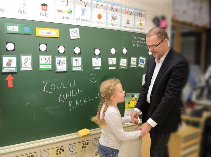 Koulutusmiljardi takaisin – miksi juuri näissä vaaleissa koulutus ratkaisee!
